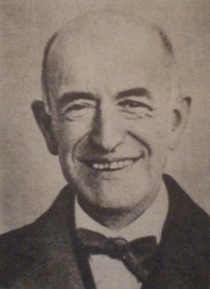 Manuel de Falla in1919. Wikimedia Commons.